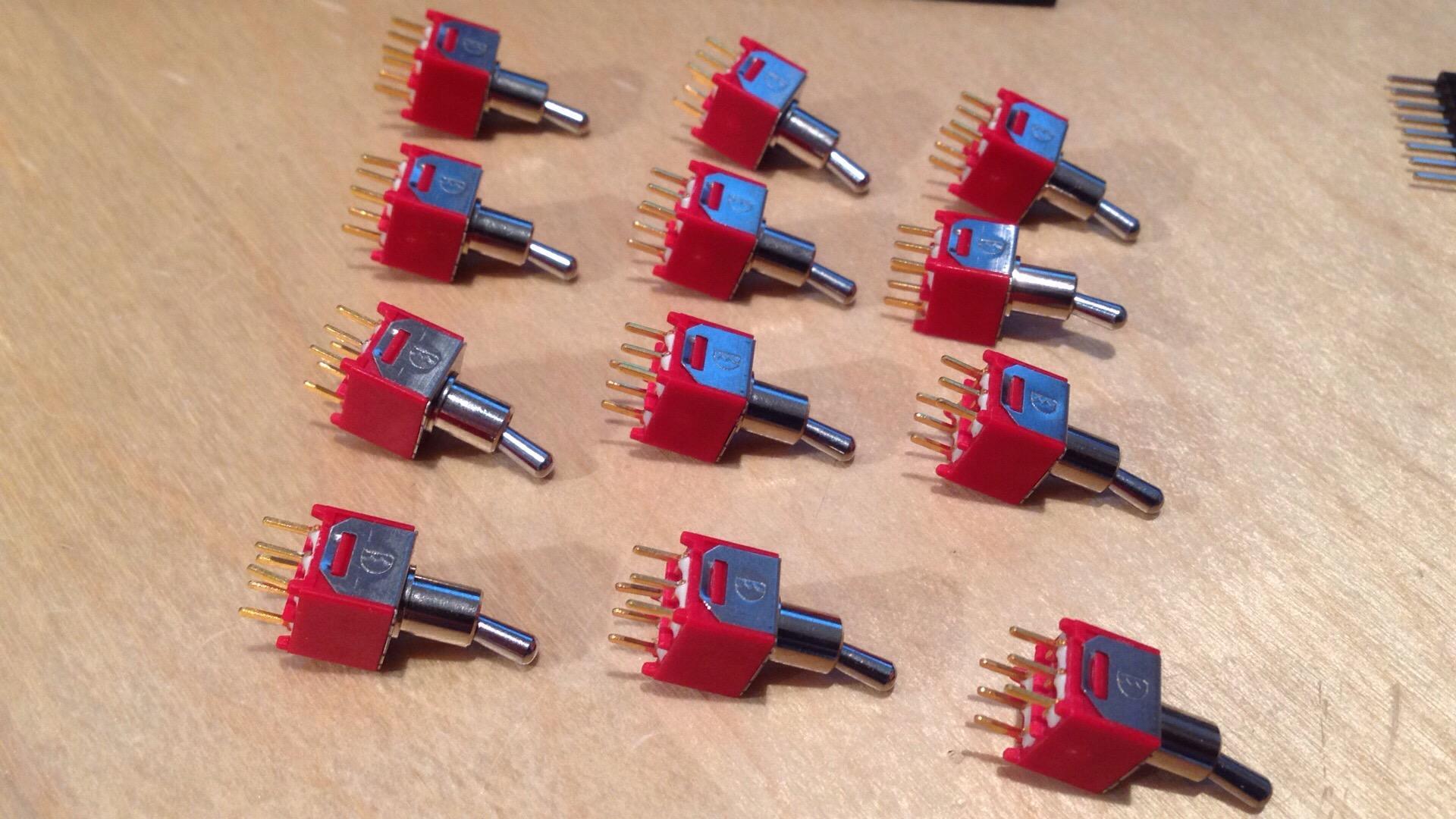 AML ez1081 Mic Pre - Switches