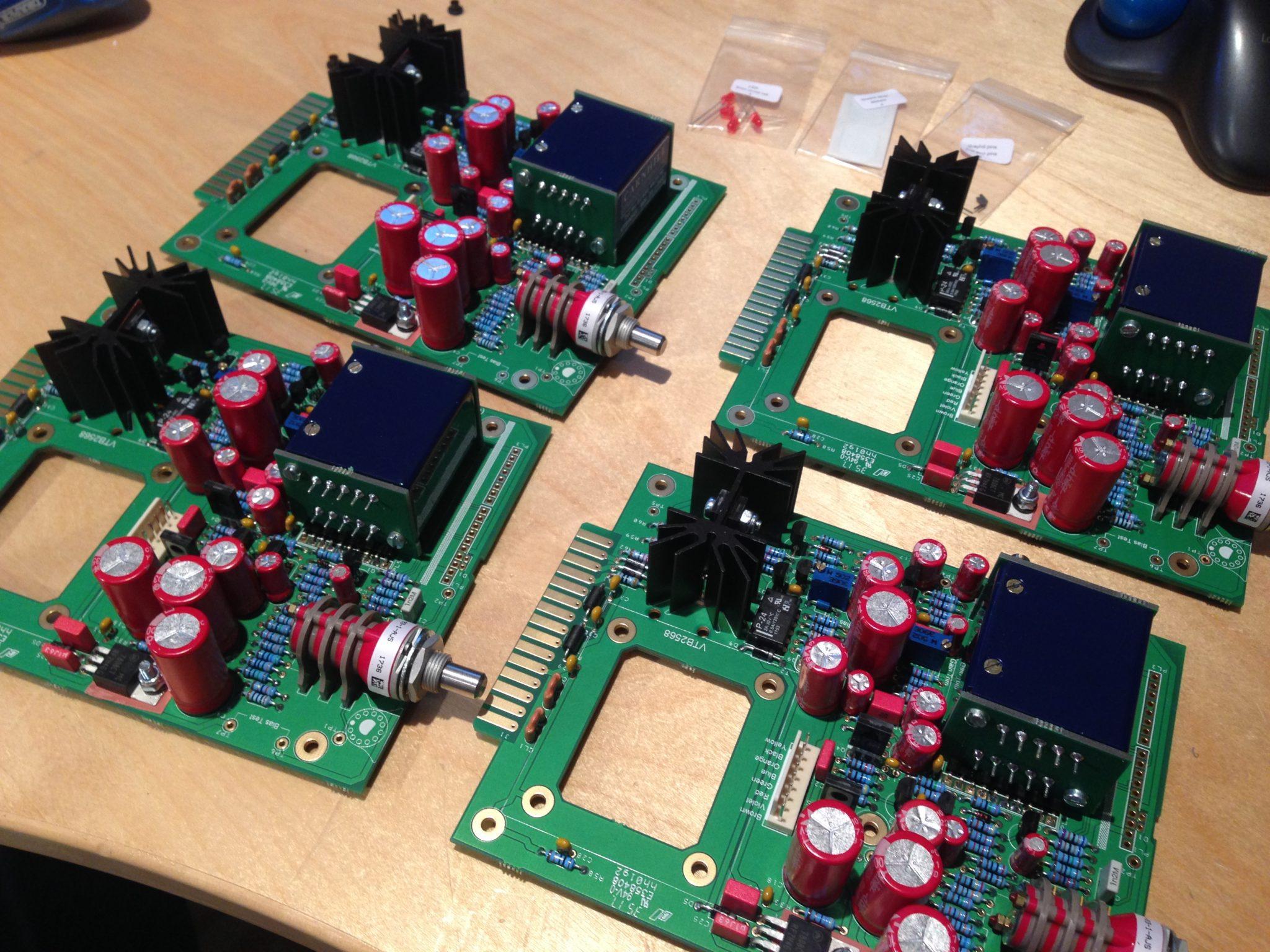 AML ez1081 Mic Pre - large Components