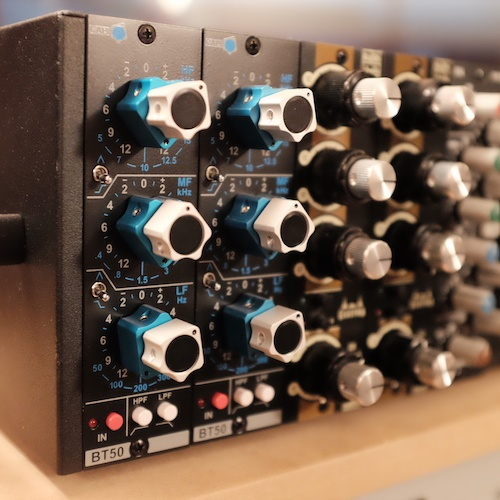 Threecircles Recording Studio - CAPI BT50 EQ
